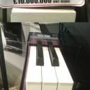 David Guettas Piano!