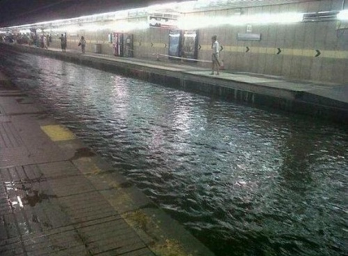 Meanwhile in a Romanian metro