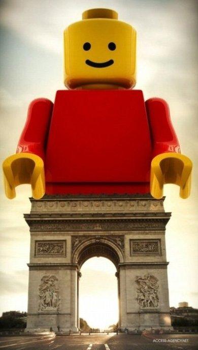 Arc de Triomphe Lego Style