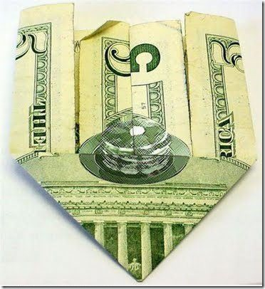 So a 5$ bill when folded makes a picture of pancakes