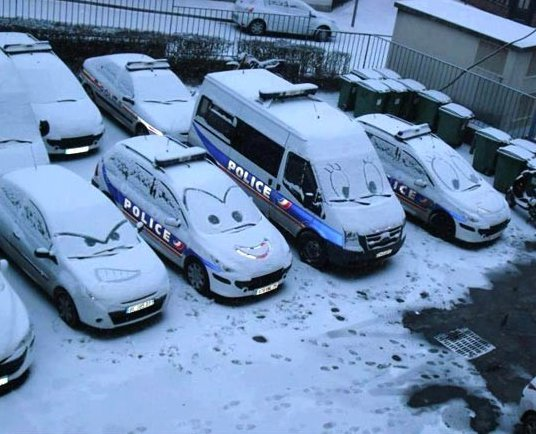 Funny Pictures – Winter Vandalism
