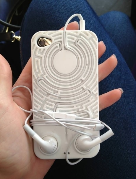 Keep your earphones untangled