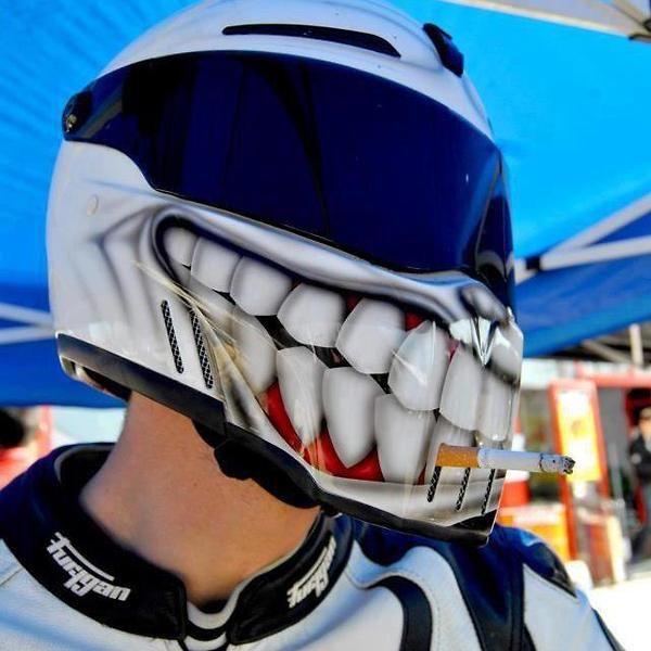 Clever Motorcycle Helmet