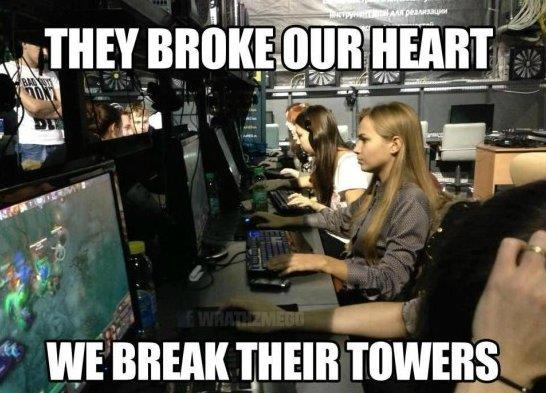 Gamer girls be like