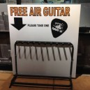 Free air guitar