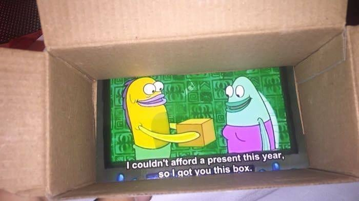 When you are broke af and your girlfriend is expecting gift